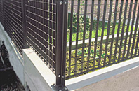 Pressed grid fencing